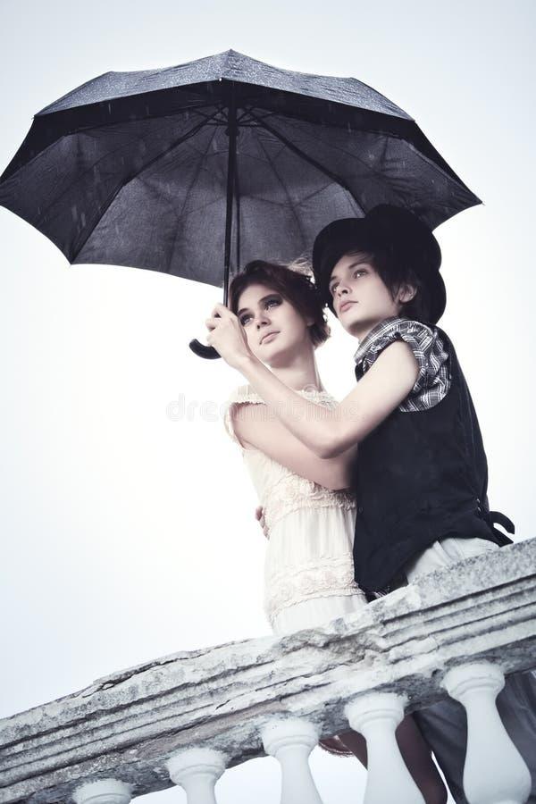 Στάση στη βροχή στοκ εικόνες