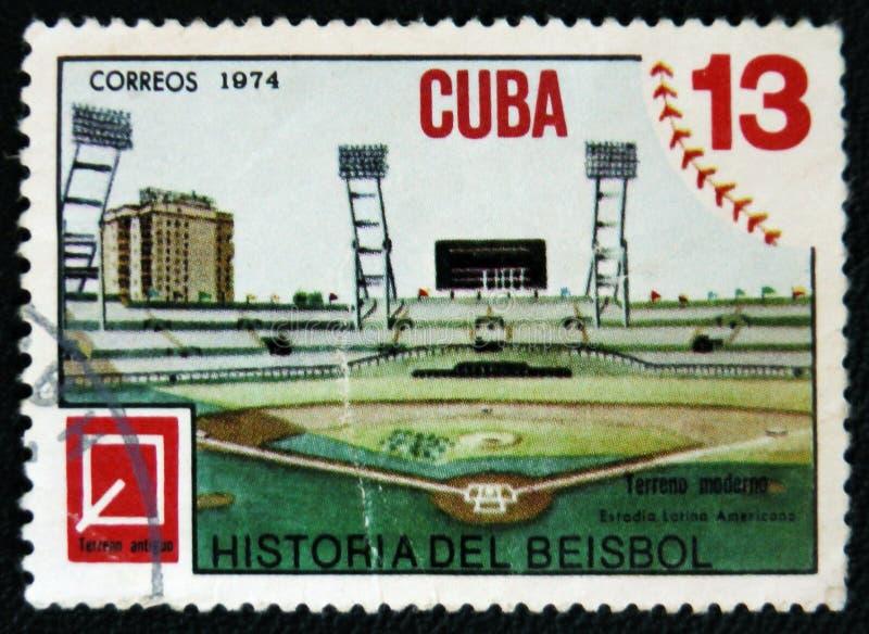 Στάδιο μπέιζ-μπώλ, ένα γραμματόσημο από το μπέιζ-μπώλ ιστορίας σειράς ob, circa 1974 στοκ φωτογραφίες