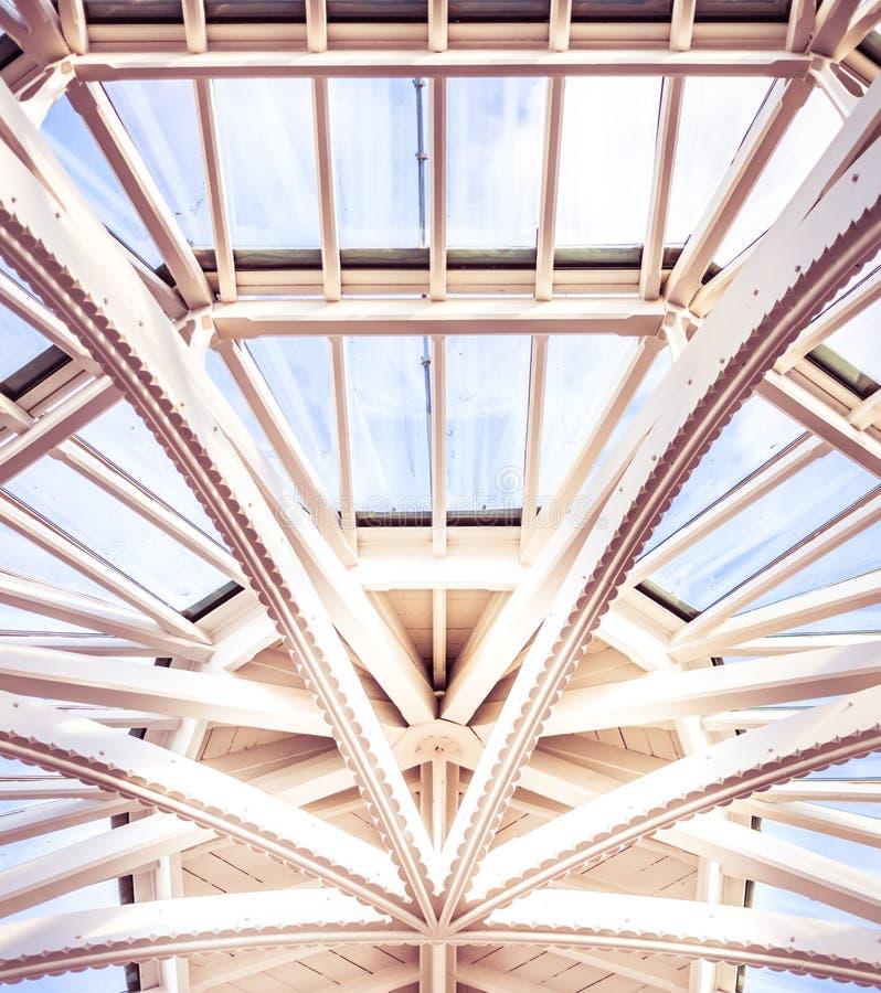 Στέγη γυαλιού - σύγχρονη αρχιτεκτονική του Εδιμβούργου στοκ εικόνα με δικαίωμα ελεύθερης χρήσης