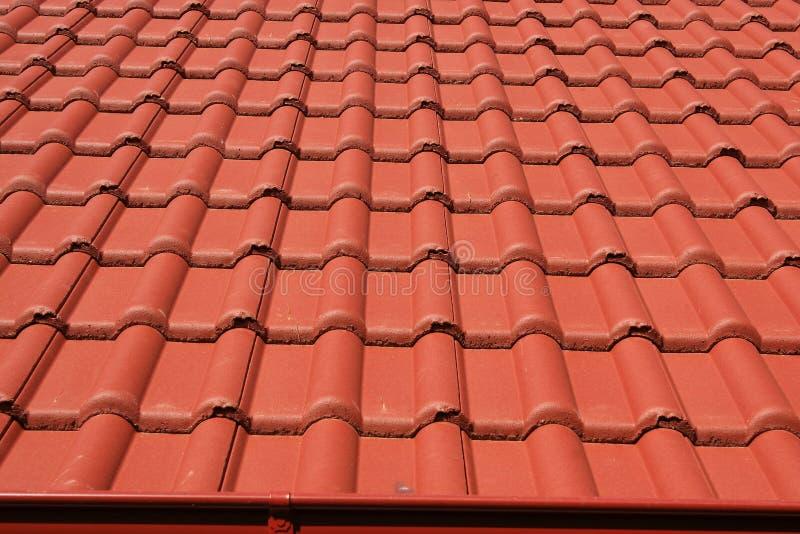 Στέγη με τις κόκκινες στέγες στοκ εικόνα με δικαίωμα ελεύθερης χρήσης
