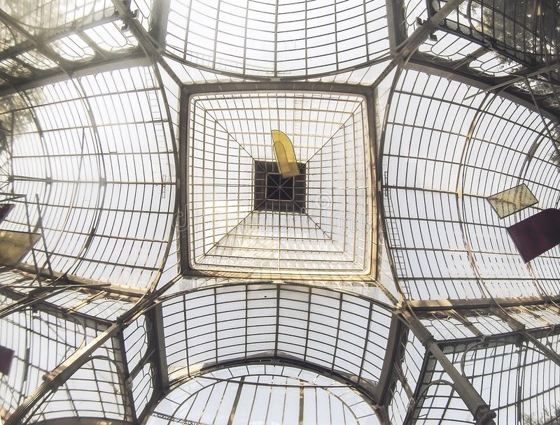 Στέγη παλατιών κρυστάλλου της Μαδρίτης ` s στοκ εικόνες