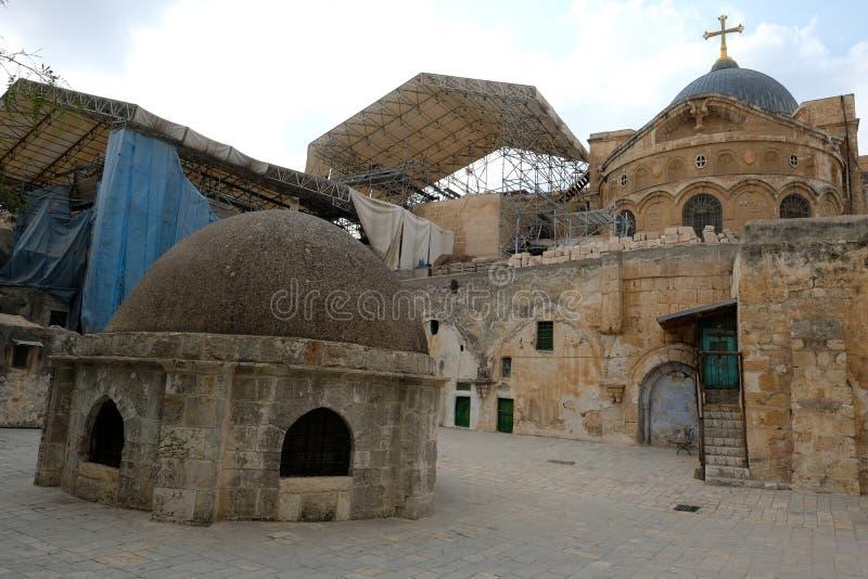Στέγη στην ιερή εκκλησία Sepulcher στην Ιερουσαλήμ στοκ φωτογραφία