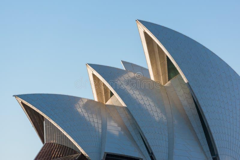 Στέγη της Όπερας του Σίδνεϊ, διάσημο αυστραλιανό ορόσημο στοκ φωτογραφίες