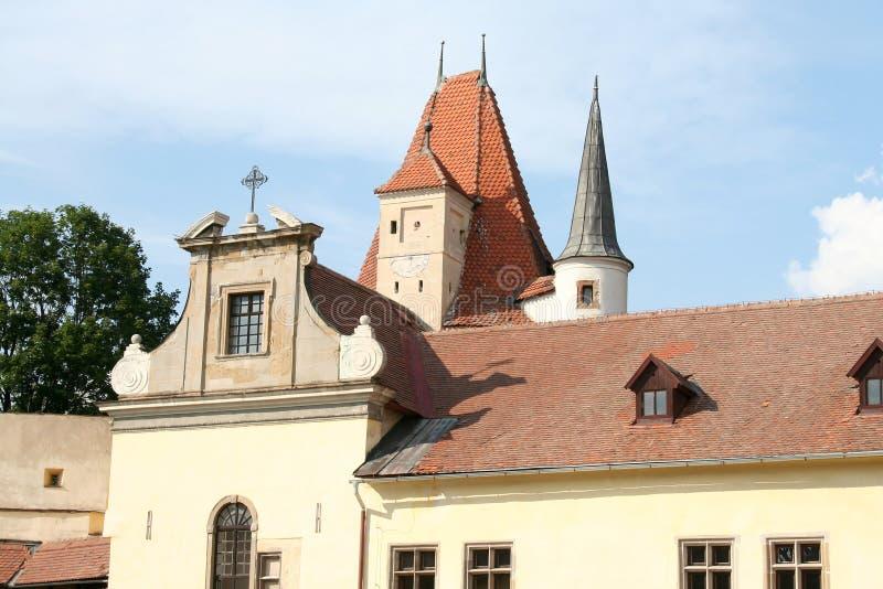 Στέγη του παλαιού κτηρίου στοκ εικόνα με δικαίωμα ελεύθερης χρήσης