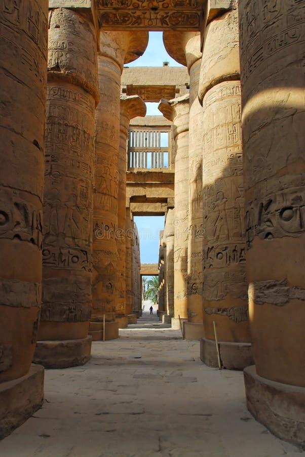 Στήλες στο ναό Karnak στοκ εικόνα με δικαίωμα ελεύθερης χρήσης