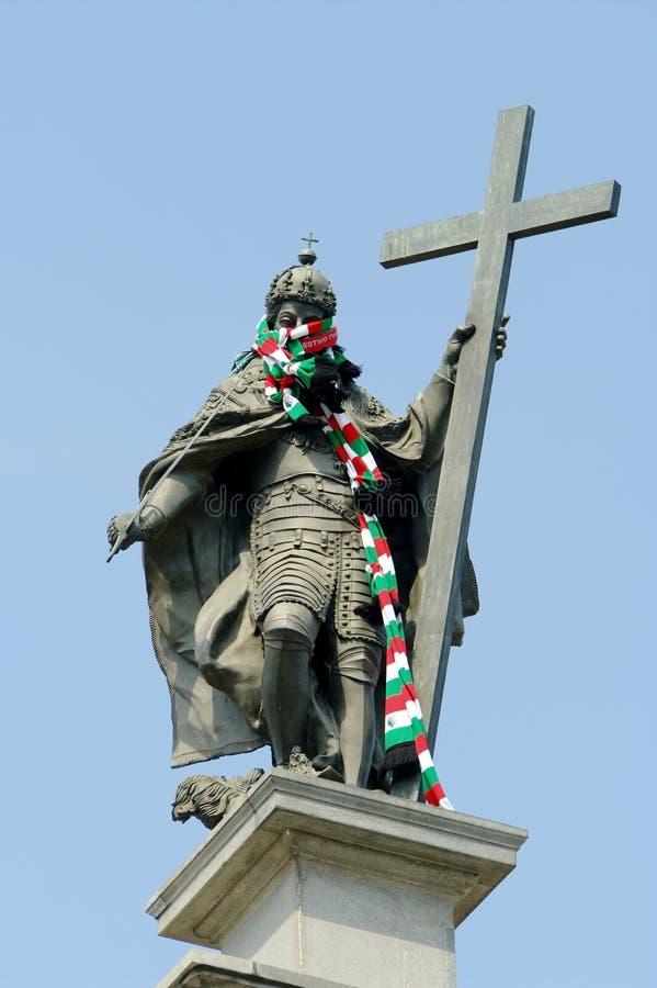 Στήλη του βασιλιά Sigismund ΙΙΙ αγγεία με το μαντίλι λεσχών ποδοσφαίρου Legia Βαρσοβία στο λαιμό King's Βαρσοβία, Πολωνία στοκ φωτογραφίες με δικαίωμα ελεύθερης χρήσης