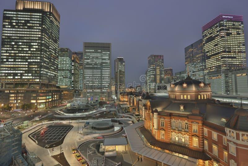 Σταθμός εμπορικών κέντρων και του Τόκιο Marunouchi στοκ φωτογραφία με δικαίωμα ελεύθερης χρήσης