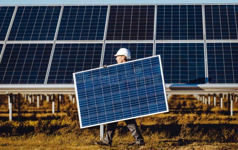 Σταθμός ηλιακής ενέργειας στοκ φωτογραφία