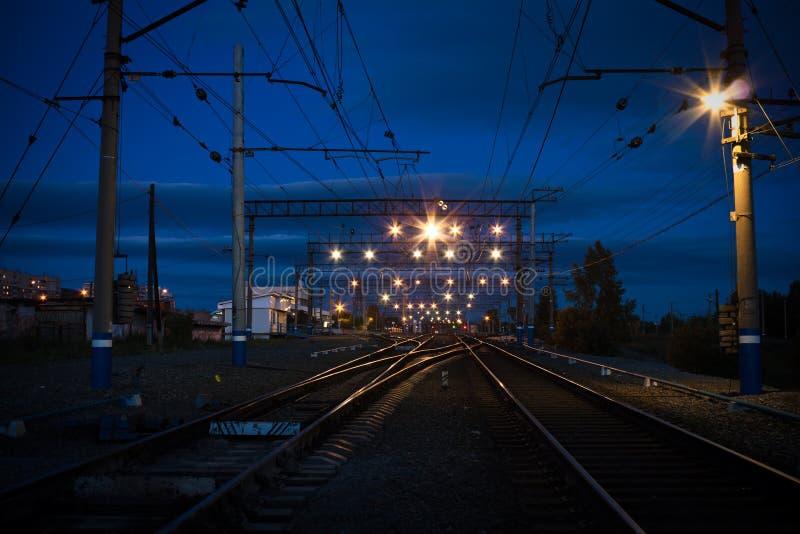 Σταθμός νύχτας στοκ φωτογραφία