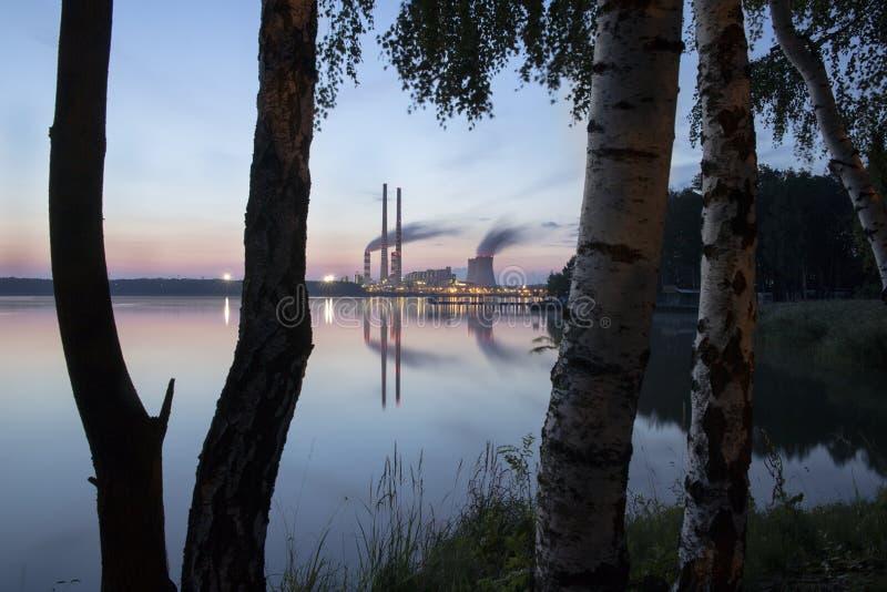 Σταθμός παραγωγής ηλεκτρικού ρεύματος στην Πολωνία Rybnik στοκ φωτογραφία