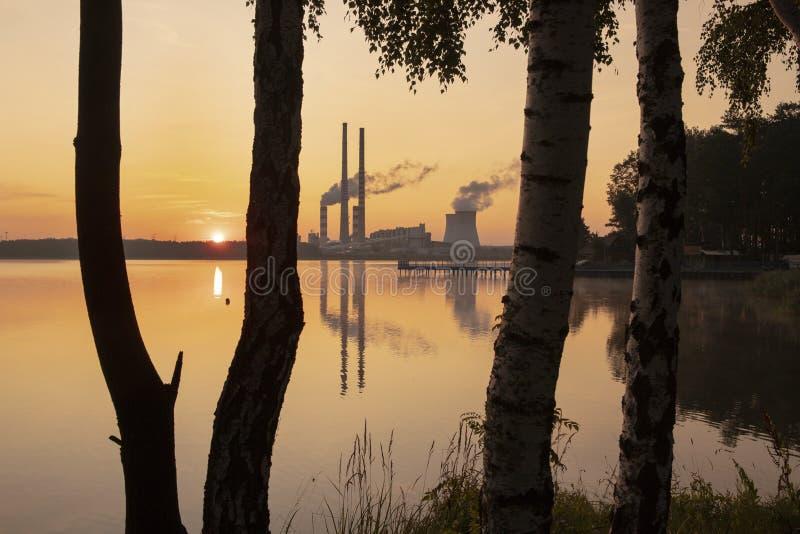 Σταθμός παραγωγής ηλεκτρικού ρεύματος στην Πολωνία Rybnik στοκ φωτογραφίες με δικαίωμα ελεύθερης χρήσης