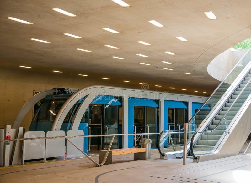 Σταθμός σιδηροδρόμων καλωδίων uderground στοκ εικόνες