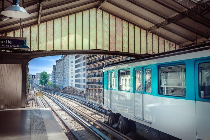 σταθμός του Παρισιού μετρό στοκ φωτογραφίες