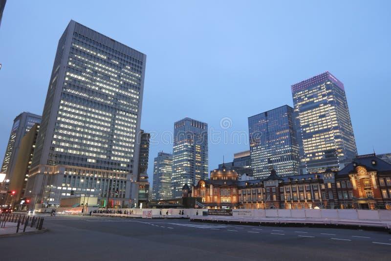 Σταθμός του Τόκιο το βράδυ στοκ φωτογραφίες