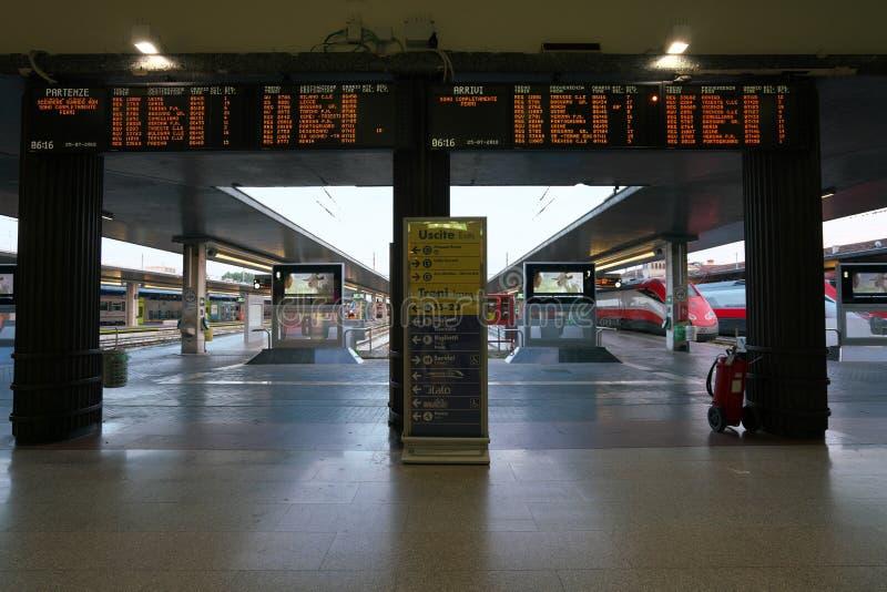 Σταθμός τρένου της Βενετίας Santa Lucia στοκ εικόνα