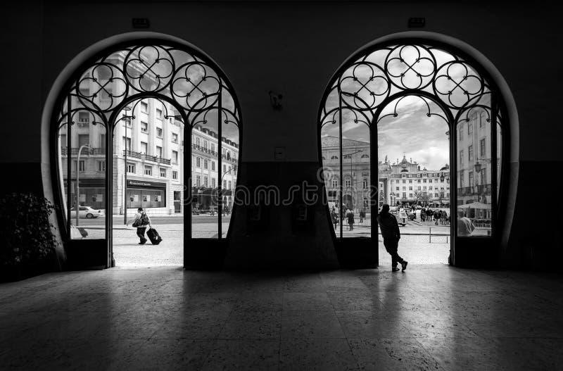Σταθμός τρένου Rossio πόλη Λισσαβώνα παλαιά Πορτογαλία μαύρο λευκό στοκ φωτογραφία