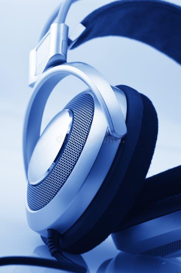 στενά ακουστικά επάνω στοκ εικόνα με δικαίωμα ελεύθερης χρήσης