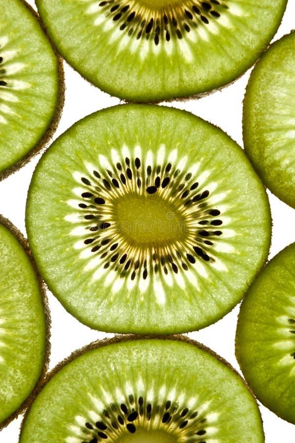 στενά κομμάτια kiwifruit που τεμαχίζονται επάνω στοκ φωτογραφίες με δικαίωμα ελεύθερης χρήσης