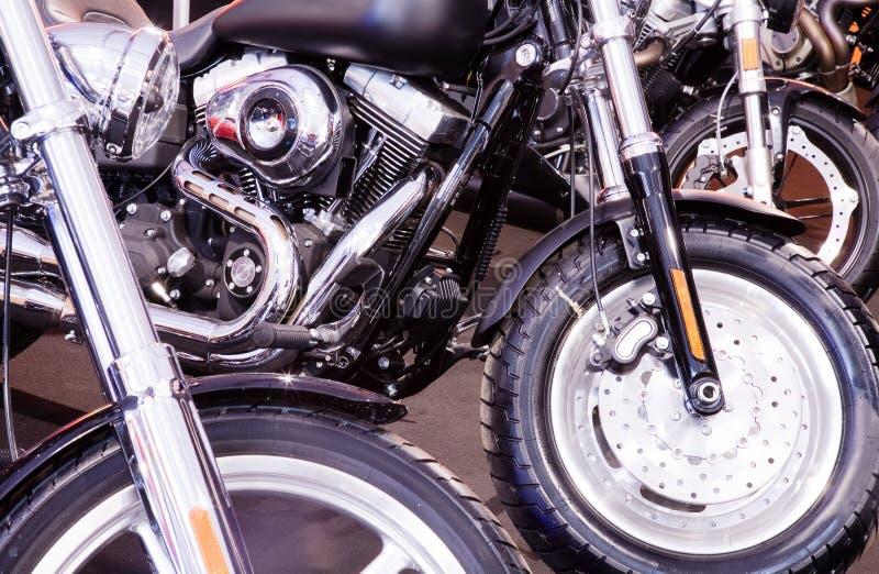 στενές μοτοσικλέτες επάνω στοκ φωτογραφία με δικαίωμα ελεύθερης χρήσης