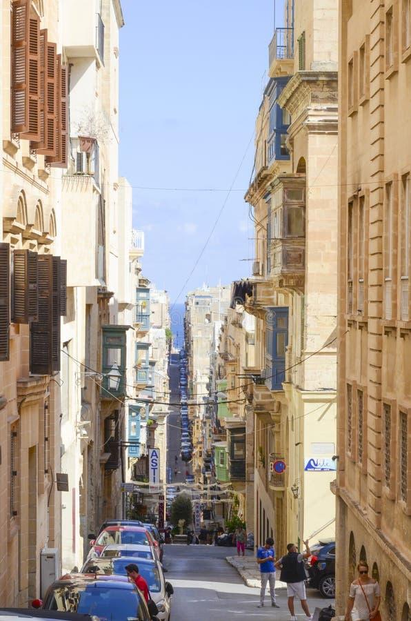 Στενή άποψη οδών, Valletta, Μάλτα στοκ εικόνα