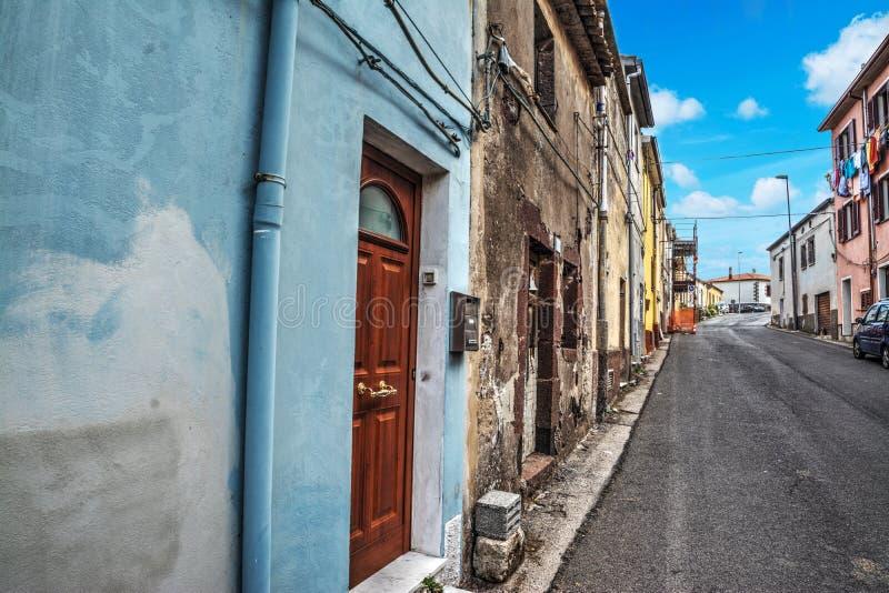 Στενή αλέα σε Villanova Monteleone στοκ φωτογραφία με δικαίωμα ελεύθερης χρήσης