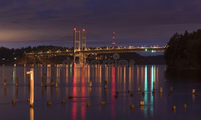 Στενή γέφυρα του Τακόμα τη νύχτα στοκ φωτογραφία με δικαίωμα ελεύθερης χρήσης