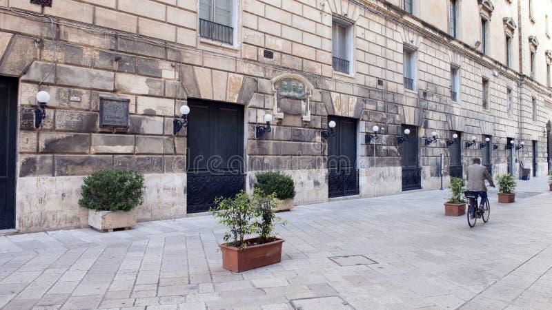Στενή οδός Lecce, Ιταλία στοκ φωτογραφία με δικαίωμα ελεύθερης χρήσης
