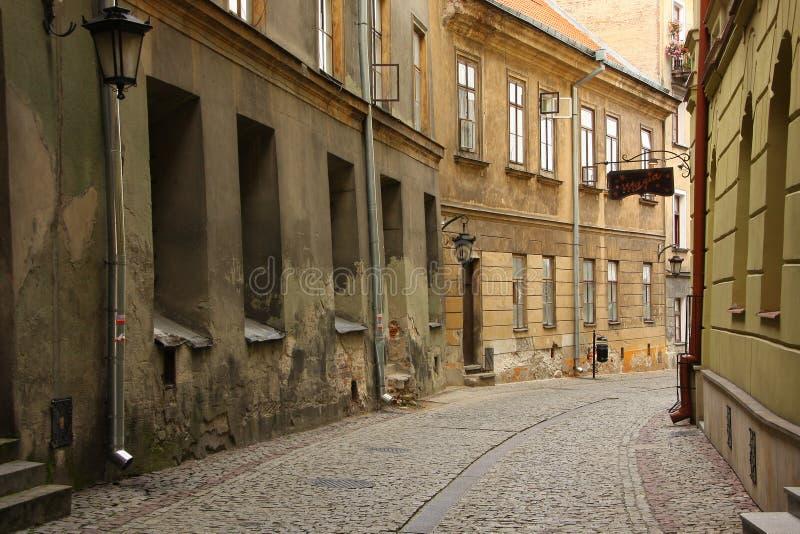Στενή οδός στην παλαιά πόλη Lubli, Πολωνία στοκ φωτογραφίες με δικαίωμα ελεύθερης χρήσης