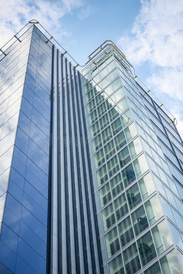 Στενός επάνω κτιρίου γραφείων στοκ φωτογραφία