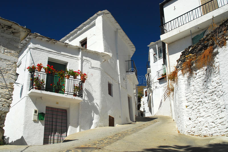 στενό ισπανικό χωριό οδών στοκ εικόνα με δικαίωμα ελεύθερης χρήσης