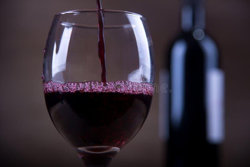 στενό κόκκινο επάνω στο κρασί στοκ φωτογραφίες
