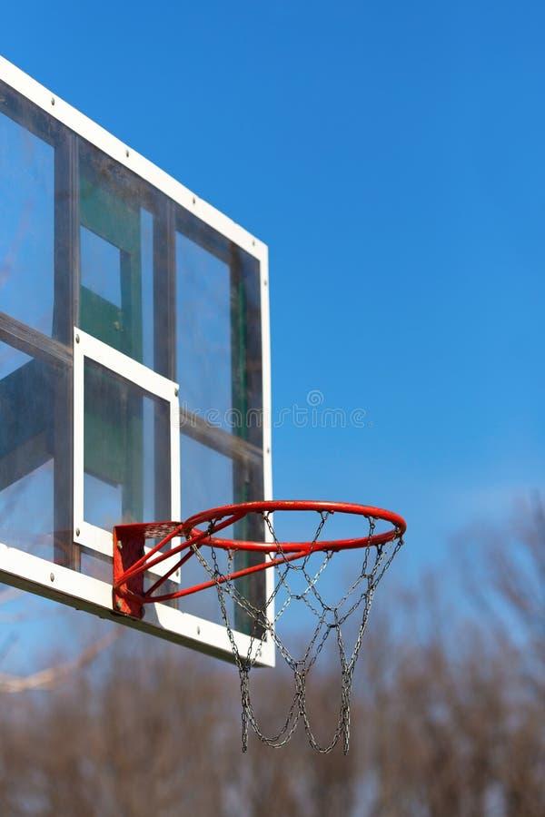 Στεφάνη καλαθοσφαίρισης υπαίθρια στοκ εικόνες