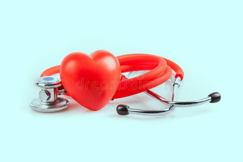 Στηθοσκόπιο και καρδιά στοκ εικόνες