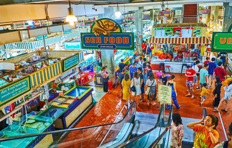 Στην αίθουσα της φρέσκιας αγοράς Banzaan, Patong, Phuket, Ταϊλάνδη στοκ φωτογραφίες με δικαίωμα ελεύθερης χρήσης