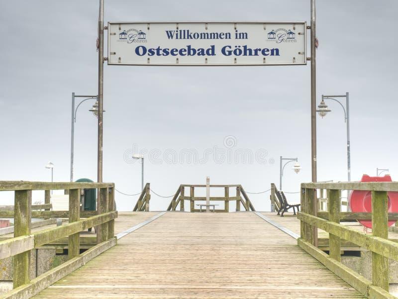 Στην αποβάθρα σε Goehren Κοντά στην ανατολική ακτή του νησιού Ruegen, Γερμανία στοκ εικόνα με δικαίωμα ελεύθερης χρήσης