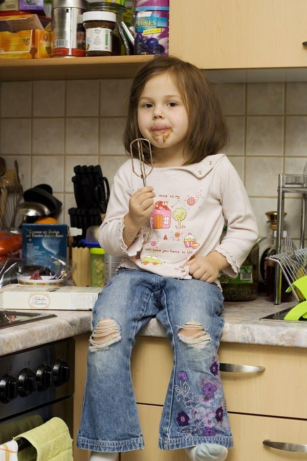 Στην κουζίνα στοκ εικόνες