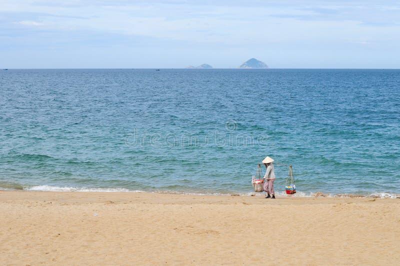 Στην παραλία στο νησί Con Dao στοκ εικόνες με δικαίωμα ελεύθερης χρήσης