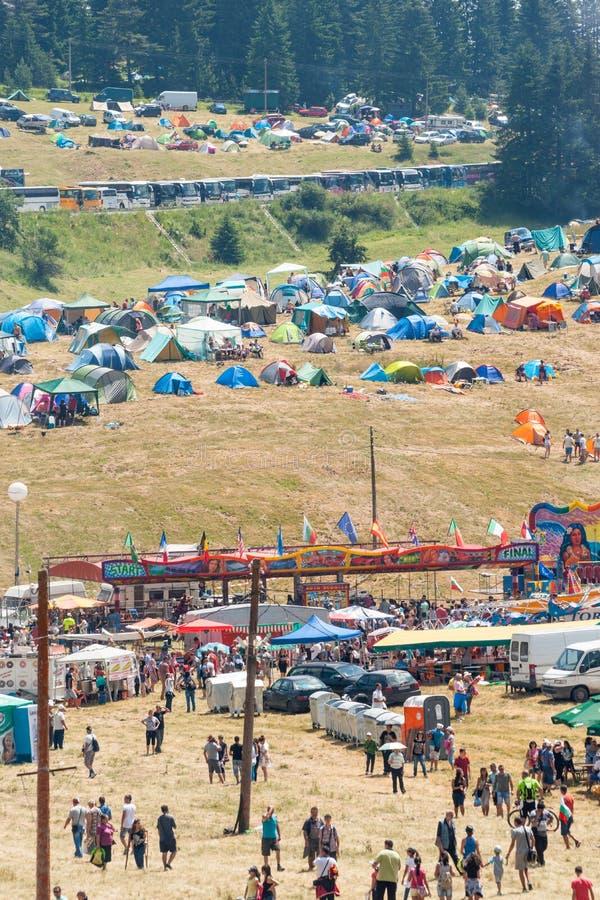 Στηργμένος φιλοξενούμενοι θέσεων στο φεστιβάλ Rozhen 2015 στοκ εικόνες