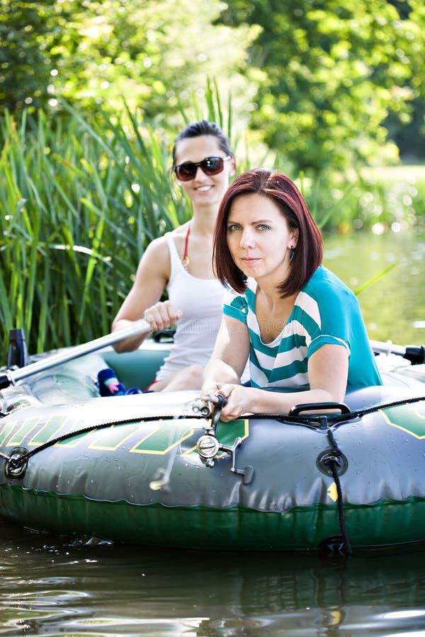 Στη βάρκα στοκ φωτογραφίες με δικαίωμα ελεύθερης χρήσης