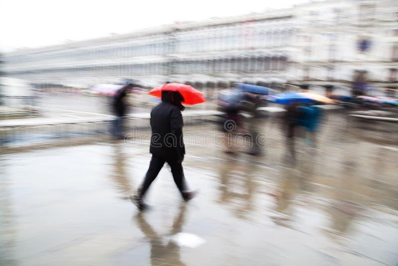Στη βροχή στη Βενετία στοκ φωτογραφία