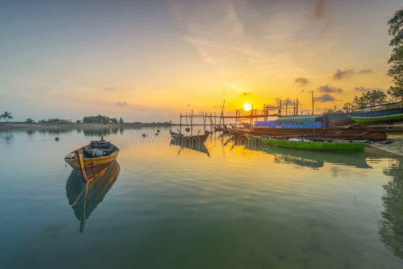 Στιγμή φωτός του ήλιου στο viilage αλιείας στοκ εικόνα με δικαίωμα ελεύθερης χρήσης