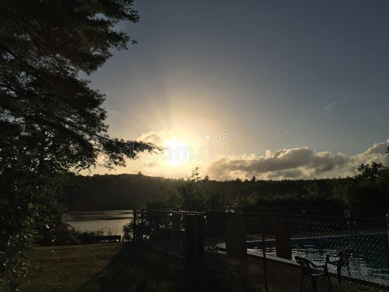 Στιγμή Namaste από τη λίμνη της βόρειας Οξφόρδης στοκ εικόνες