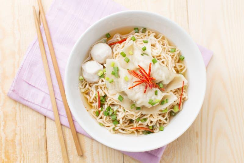 στιγμιαία noodles στοκ φωτογραφίες