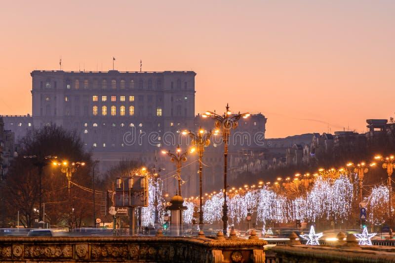 Στις 26 Δεκεμβρίου του Βουκουρεστι'ου, Ρουμανία: Παλάτι του Κοινοβουλίου σε Decemb στοκ εικόνες με δικαίωμα ελεύθερης χρήσης