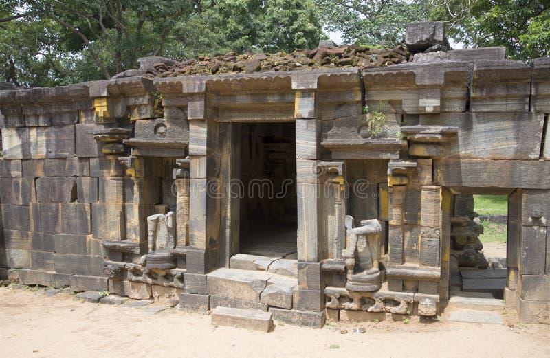 Στις καταστροφές ενός ινδού ναού Shiva (Shiva Devale) Polonnaruwa, Σρι Λάνκα στοκ φωτογραφία με δικαίωμα ελεύθερης χρήσης
