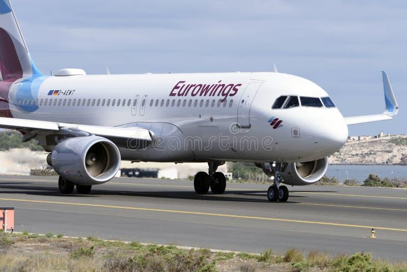 Στις 7 Νοεμβρίου του Las Palmas, airbus A320-214, Eurowings, από τον τροχόδρομο για να αρχίσει την απογείωση 7 Νοεμβρίου 2018, La στοκ φωτογραφίες