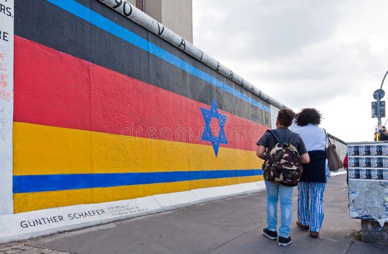 Στοά ανατολικών πλευρών στο Βερολίνο, Γερμανία στοκ εικόνα με δικαίωμα ελεύθερης χρήσης