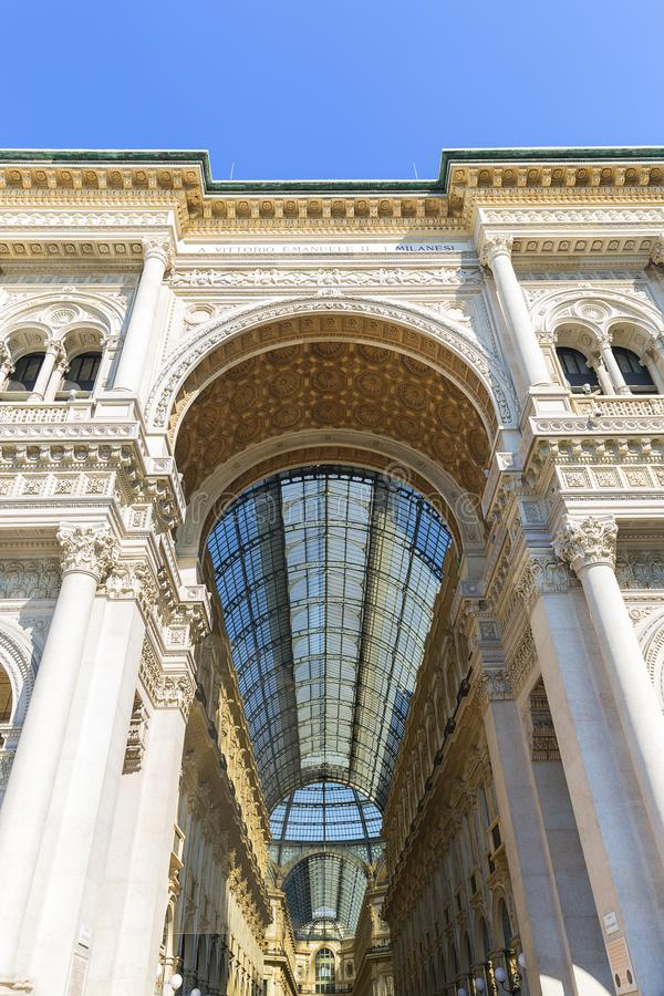 Στοά Vittorio Emanuele ΙΙ, λεωφόρος αγορών πολυτέλειας, Μιλάνο, Ιταλία στοκ φωτογραφίες με δικαίωμα ελεύθερης χρήσης