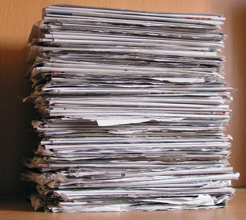 στοίβα εφημερίδων στοκ εικόνες