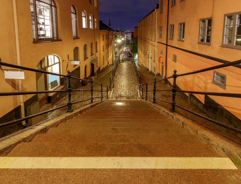 Στοκχόλμη παλαιά οδός νύχτας στοκ φωτογραφία